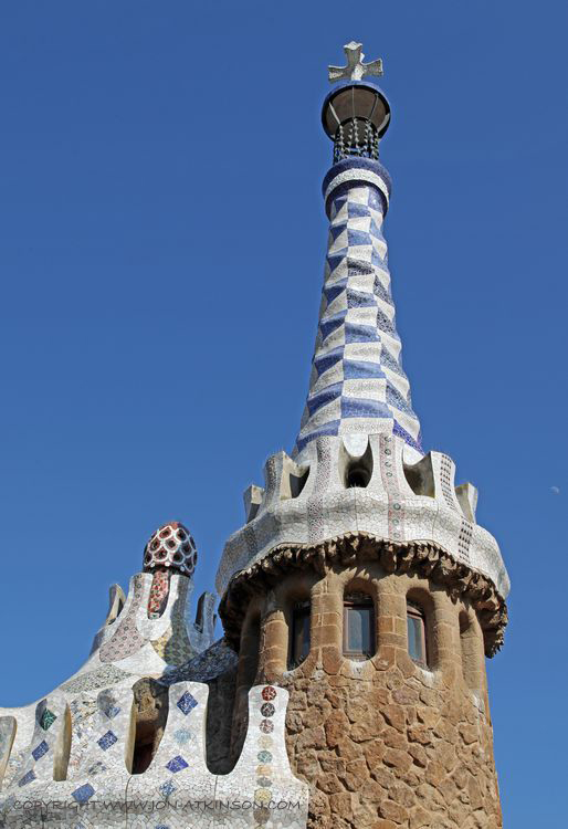 Barcelona gaud architecture barcelona architecture for Architecture gaudi