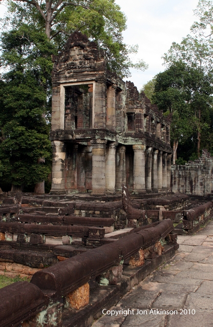 Two Storey Pavillion, Preah Khan, Angkor