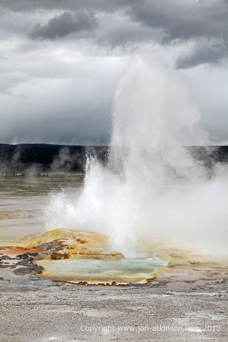 Red Spouter, Yellowstone National Park
