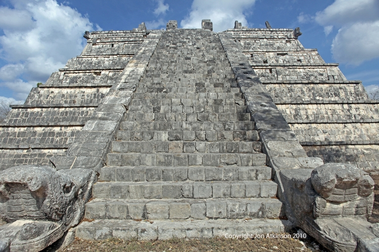 The Ossario Pyramid, The Ossario Group, Chitzan Itza