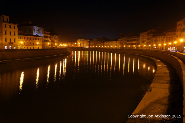Night view river Arno pisa