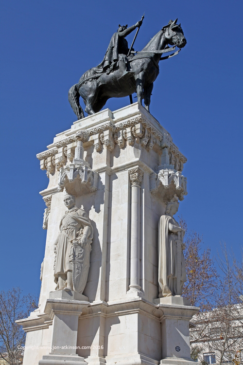 Statue of King Fernando III